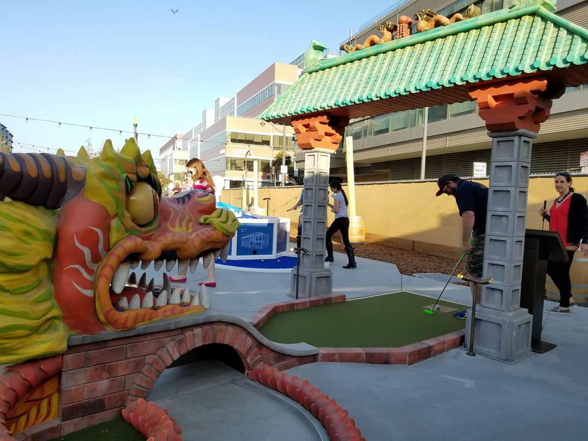 With a mini golf course, food trucks, a beer garden and tents for escaping the foggy chill, Parklab Gardens and Stagecoach Greens is a new gathering spot in San Francisco's Mission Bay neighborhood.