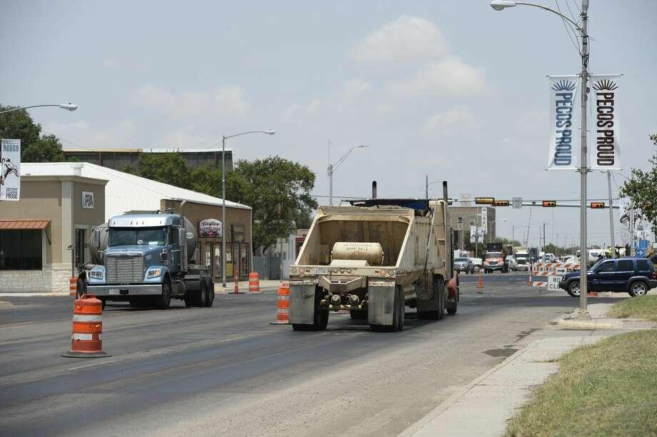 Road construction and oilfield traffic in Pecos July 31, 2018. James Durbin/Reporter-Telegram Photo: James Durbin