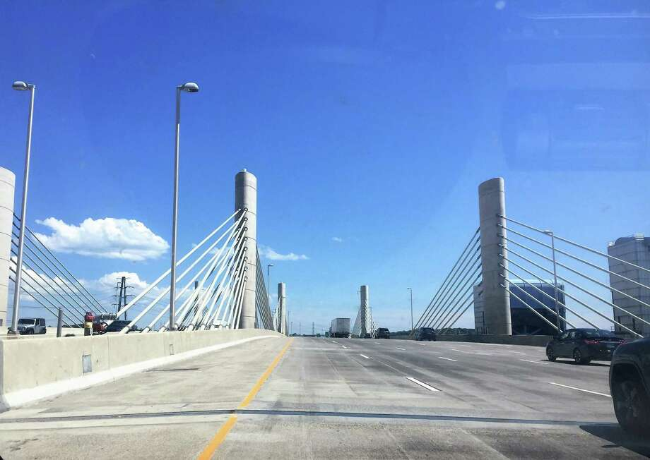 Views of the Pearl Harbor Memorial Bridge in New Haven. Photo: Duo Dickinson