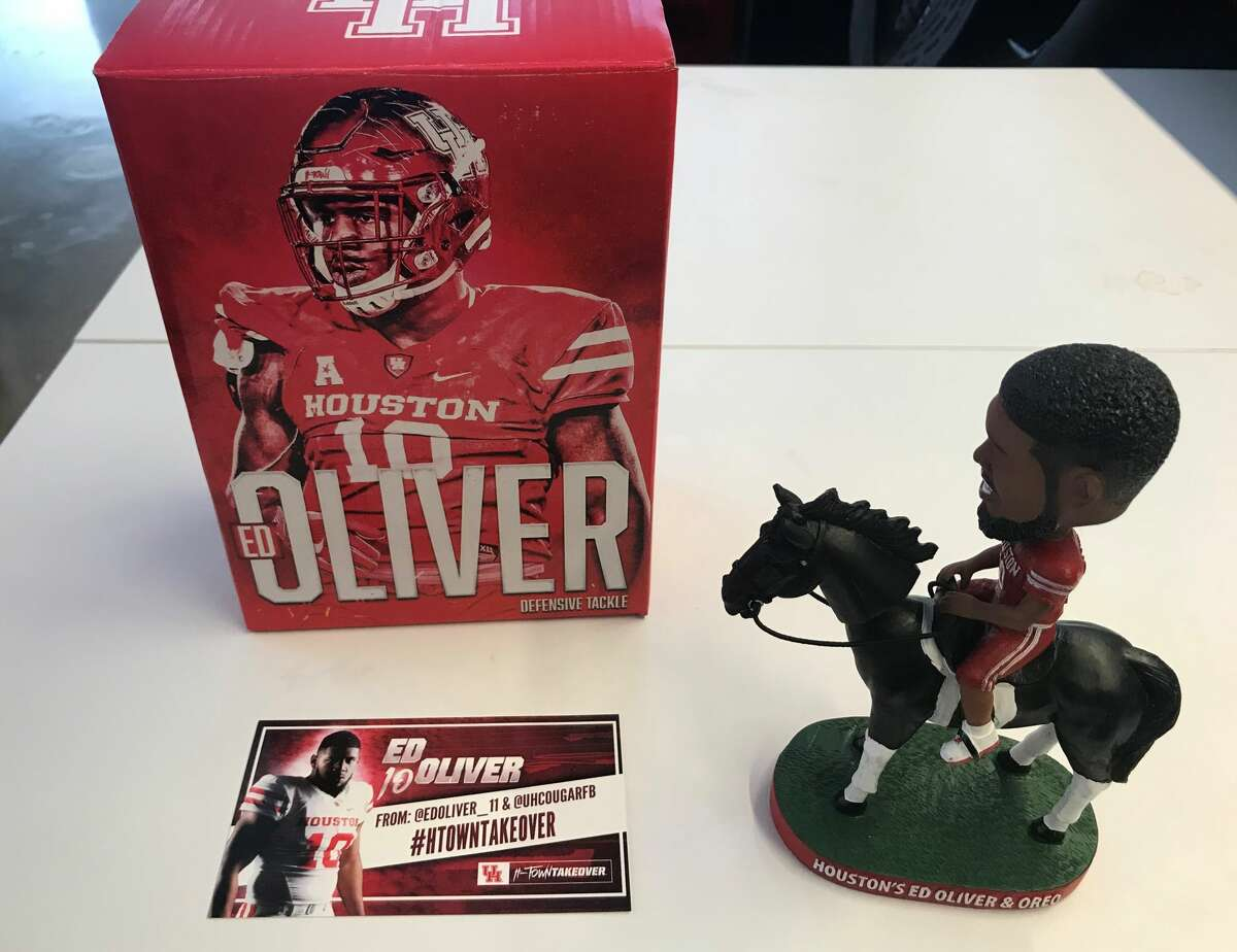 PHOTOS: Detailed look at the Ed Oliver bobblehead A look at the Ed Oliver bobblehead that University of Houston mailed to college football media members. Go through the photos above for a detailed look at the Ed Oliver bobblehead and the box it came in.