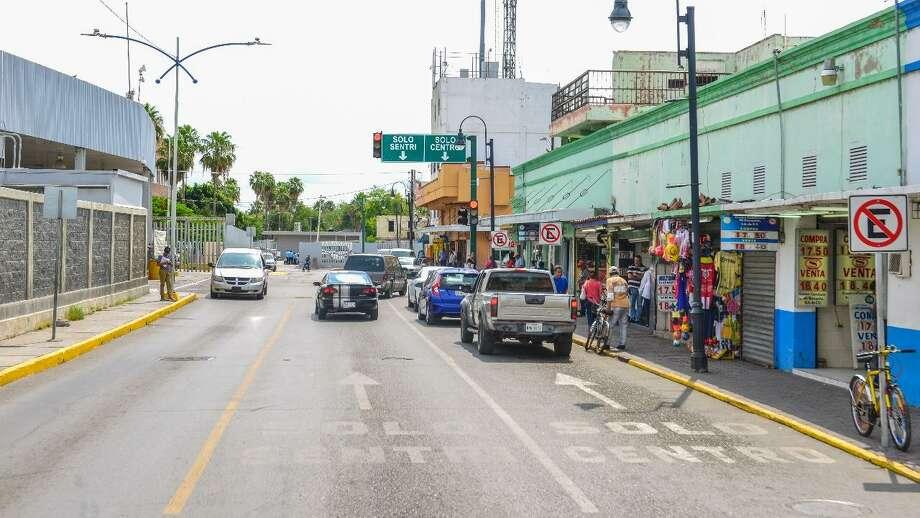 La última cuadra de la calle Matamoros será cerrada para evitar congestionamientos en la calle 15 de Junio. Photo: Foto De Cortesía /Gobierno De Nuevo Laredo
