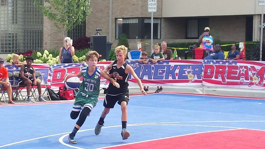 Scenes from Saturday's Gus Macker action in downtown Midland Photo: Fred Kelly/fred.kelly@mdn.net