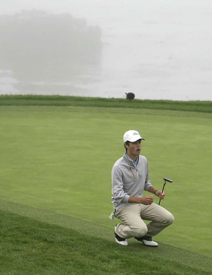 A missed putt on No. 8 brings Cole Hammer to his knees during Saturday's semifinal.