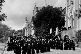 1966 Sisters in front of Sacred Heart Chapel at Our Lady of the Lake University.