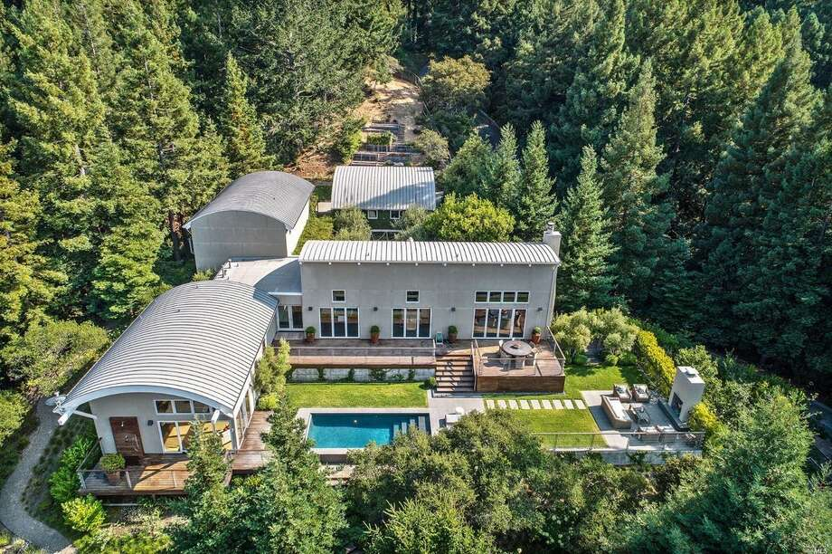 Almost 8 acres of private land in this modern Mill Valley estate, asking $6M Photo: Open Homes Photography Via Joshua Deitch/Coldwell Banker