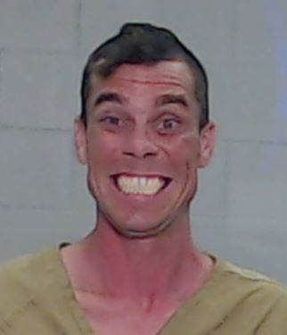 Citizen's arrest of Texas robbery suspect results in hilarious, crazy mugshot