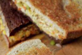 Grilled Cheese With Chutney