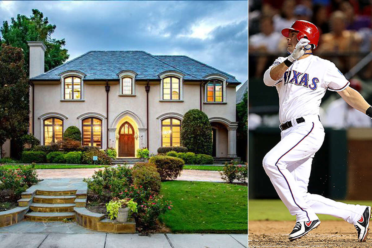 PHOTO TOUR: See inside Michael Young's $4.3 million Dallas-area home Former MLB player Michael Young is auctioning off his home in the Dallas suburb of University Park. The home, which first went on the market in 2016 for $4.3 million, has no reserve price.