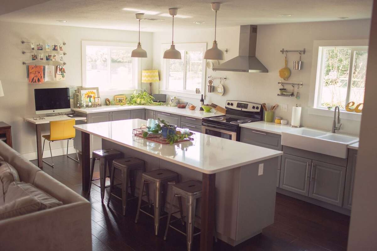 Unlike quartzite, which is natural stone mined from the ground, quartz is a man-made material made by mixing crushed quartzite with a binding material and dye.