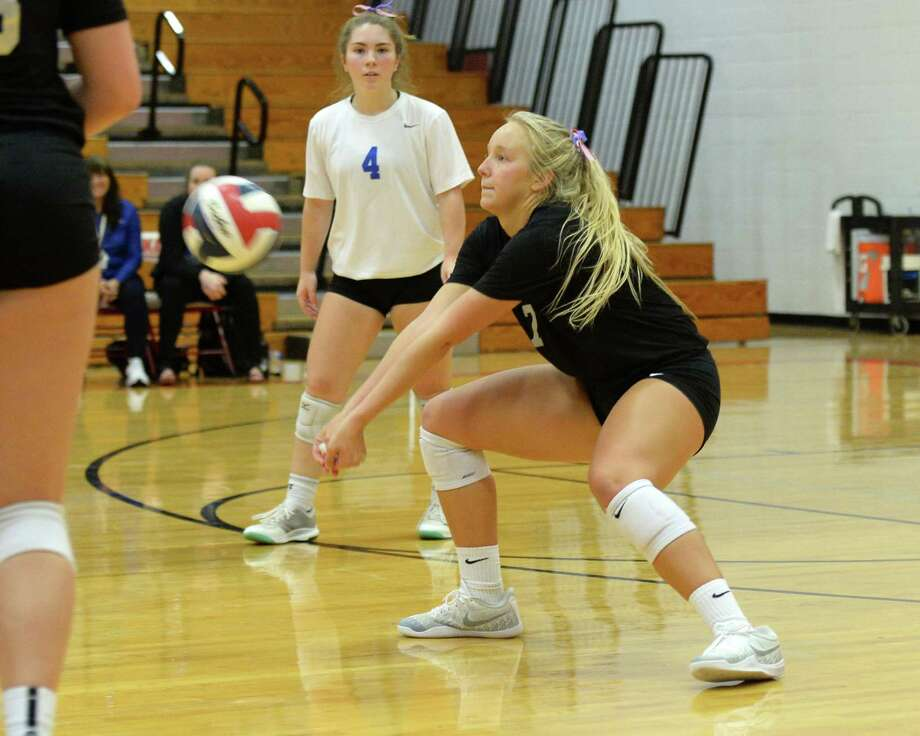 Natalie Martin (7) of Oak Ridge was named to AVCA All-America watch list. Photo: Craig Moseley, Staff / Staff Photographer / ©2018 Houston Chronicle