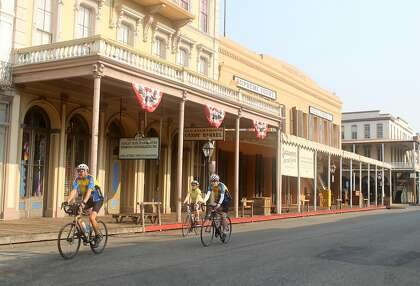 366cabad92f On a Roll: Ditch the car and explore Sacramento by bike ...