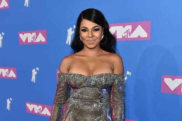 This off-the-shoulder, high-slit dress was a total stunner on Ashanti.