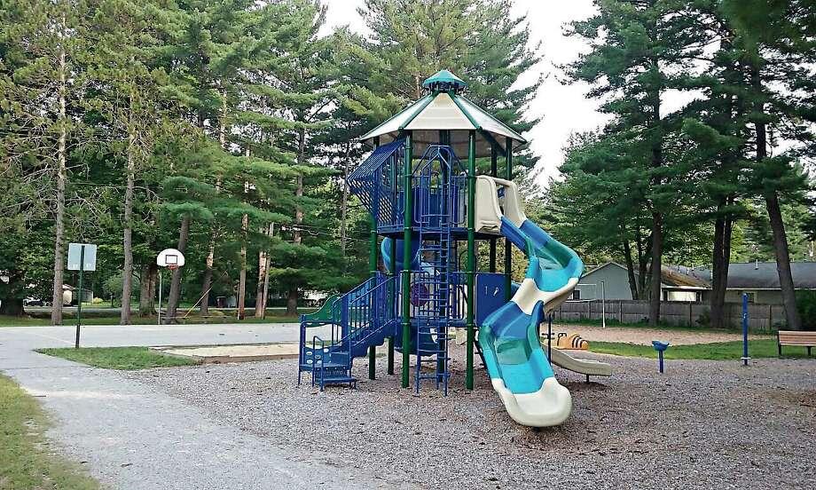 The new playground next to the Lincoln Township Hall. (John Kennett/jkennett@mdn.net) Photo: Jkennett@mdn.net