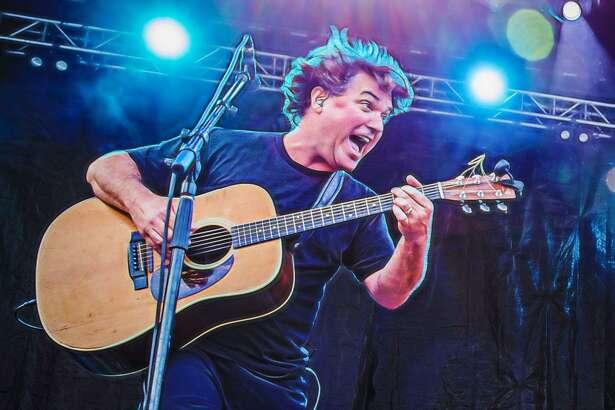 Keller Williams plays Hartford's Infinity Music Hall on Aug. 31.