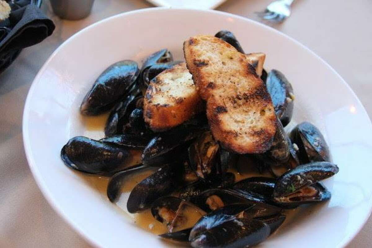 The mussels are done right at the Barn Door.