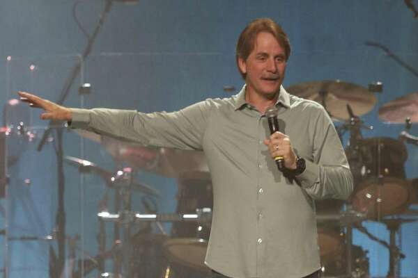 Jeff Foxworthy performs in Nashville in 2017.