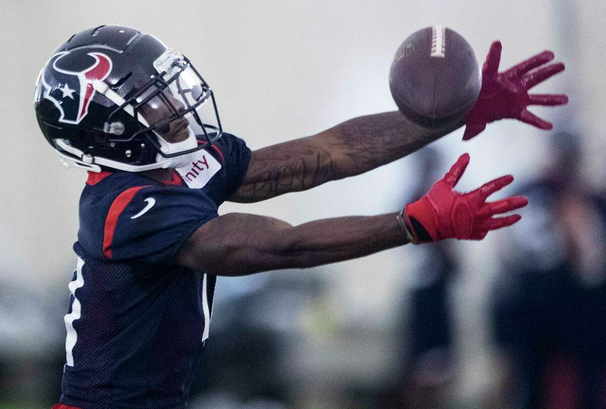 Houston Texans wide receiver Quan Bray (11) reaches out to make a catch during training camp at the Methodist Training Center on Tuesday, Aug. 21, 2018, in Houston.