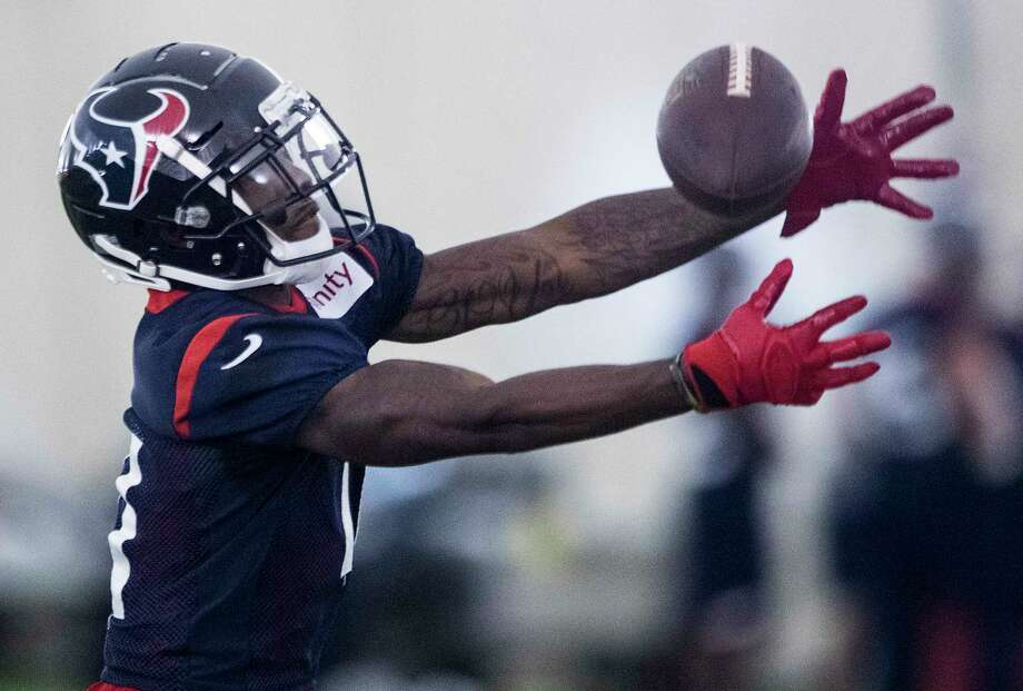 Houston Texans wide receiver Quan Bray (11) reaches out to make a catch during training camp at the Methodist Training Center on Tuesday, Aug. 21, 2018, in Houston. Photo: Brett Coomer, Staff Photographer / © 2018 Houston Chronicle