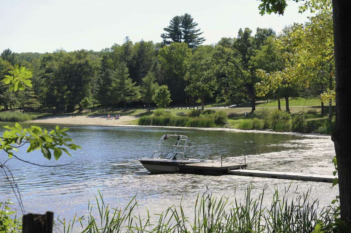 Concerned residents have met to figure out how to combat the challenges facing the water quality of Lake Waramaug in Kent, Warren and Washington,