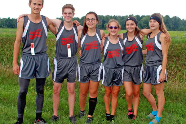 Members of the Owendale-Gagetown cross country team are (from left) Clay Evans, Andrew Roemer, Carley Haldane, Libby Ondrajka, Madelyn Haldane and Katriana Curtoys. (Julie Warack/For the Tribune)