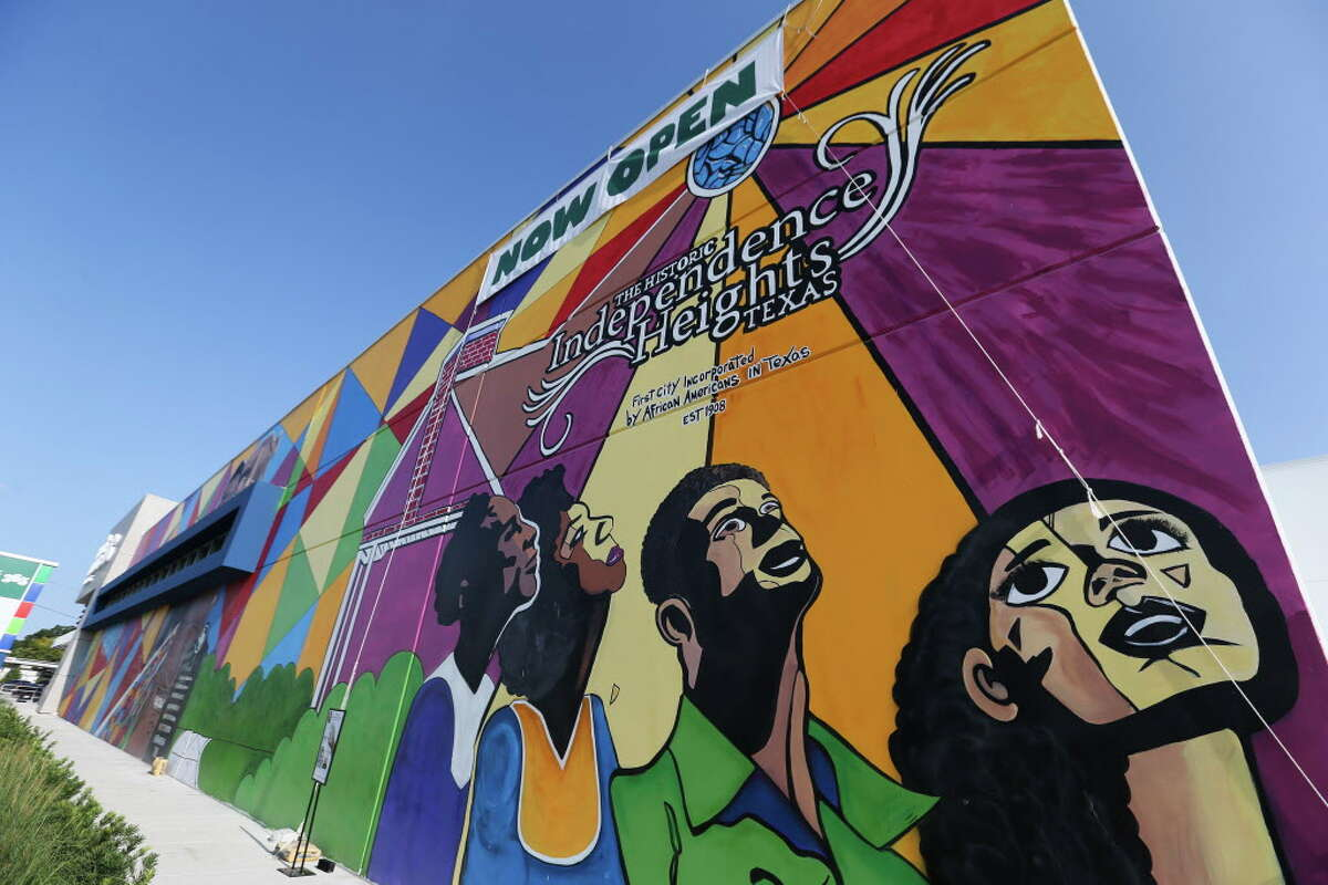 The Whole Foods Market 365 mural reflects Independence Heights' roots.
