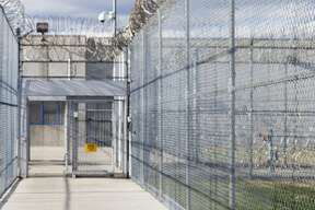 A Houston woman has accused a prison guard of assaulting her.