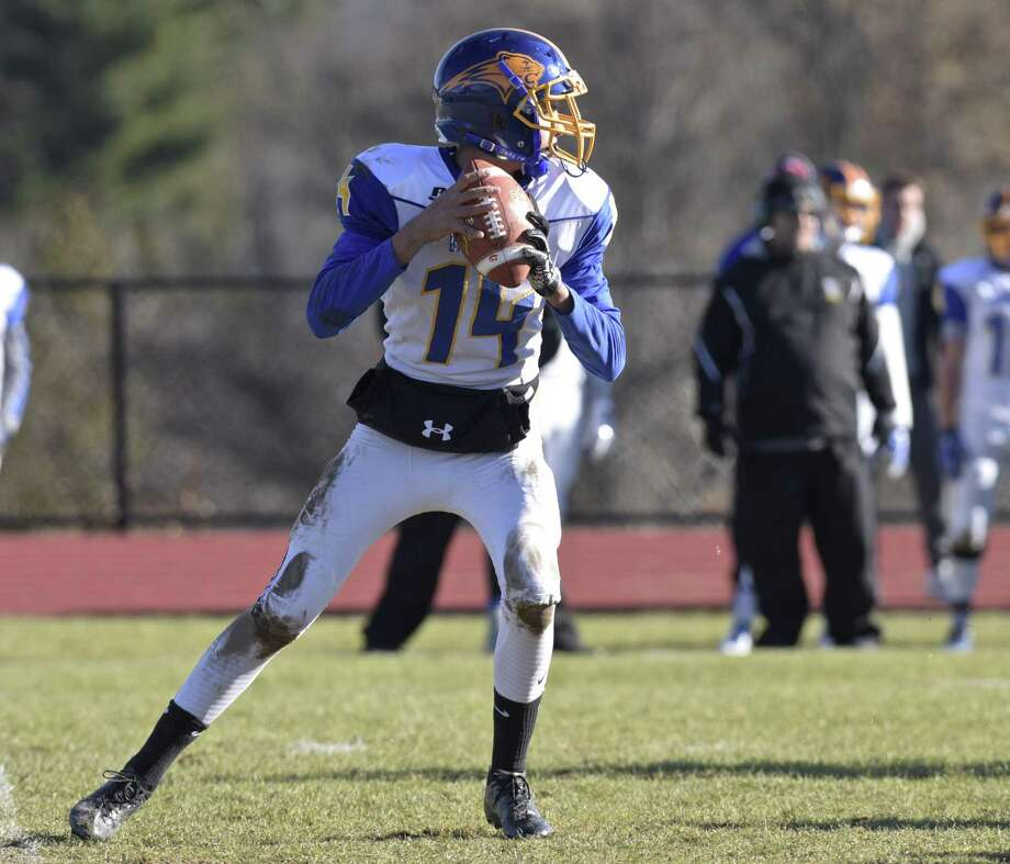 Thanksgiving Day football game between Brookfield and Bethel high schools, on Thursday, November 23, 2017, at Bethel High School, in Bethel, Conn. Photo: H John Voorhees III / Hearst Connecticut Media / The News-Times