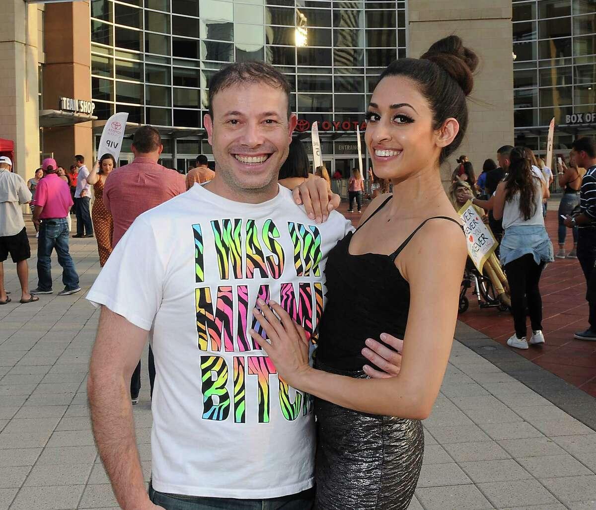 Shakira fans outside the Toyota Center Wednesday Aug. 22, 2018.(Dave Rossman photo)