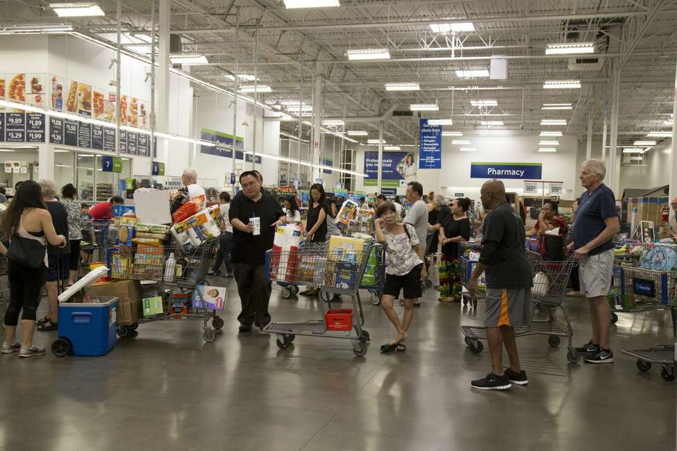 Sam's ClubChristmas Eve: Stores close at 6 p.m.