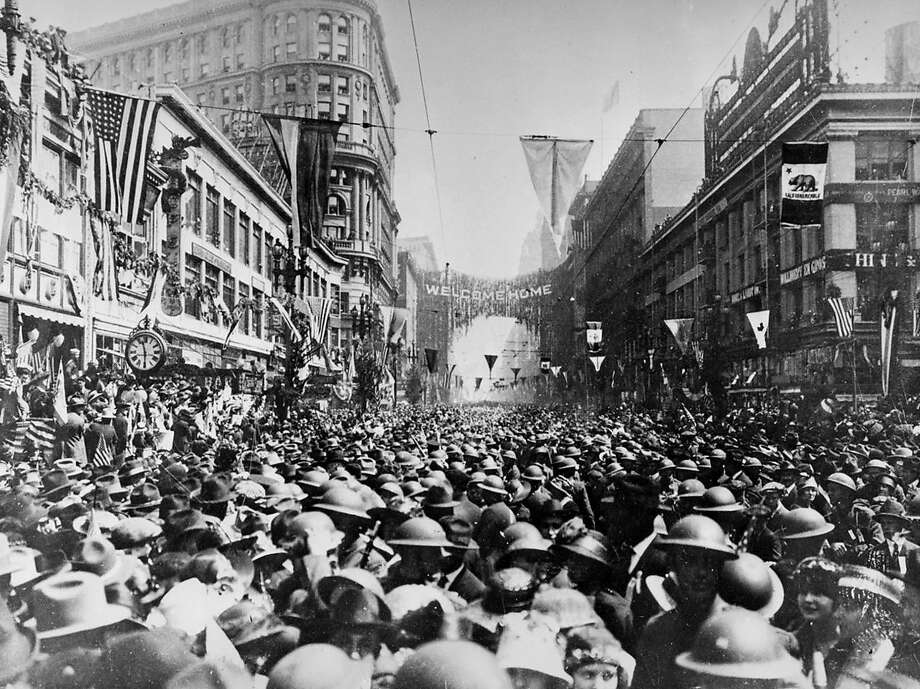 GALLERY: How San Francisco looked in 1919 A parade down Market Street marks the return of the 91st Division from France on April 22, 1919. The Division fought in the St. Mihiel and Meuse-Argonne offensives of World War I, among others. Photo: Chronicle File Photo 1919