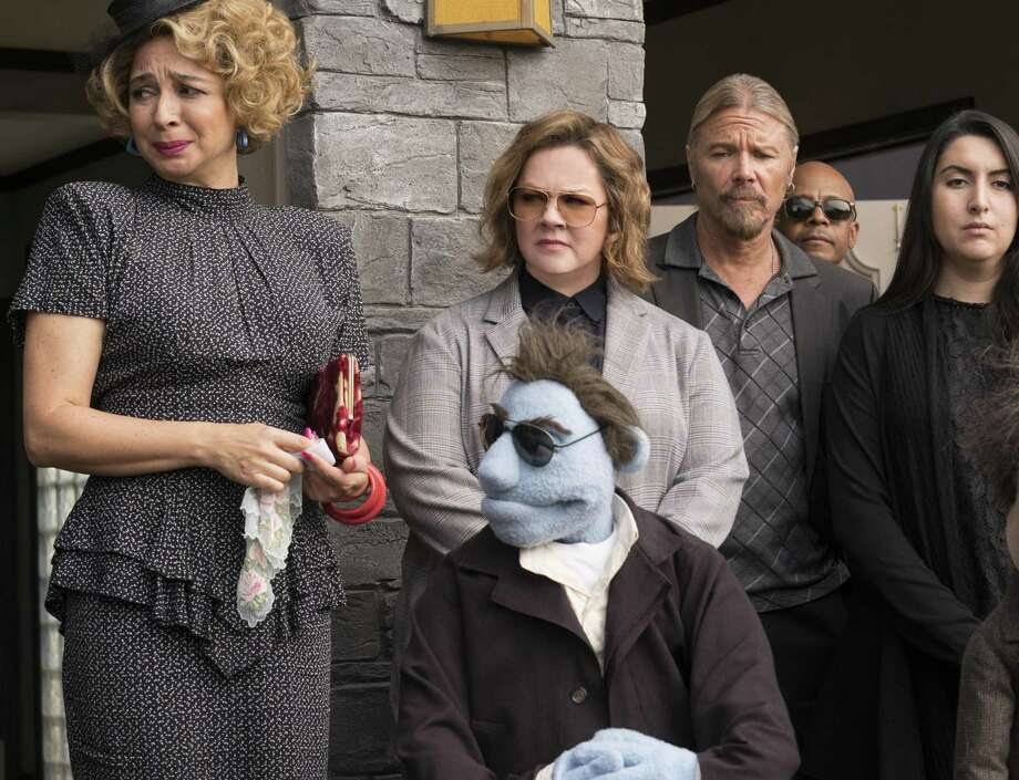 """In """"The Happytime Murders,"""" humans, including Maya Rudolph (left) and Melissa McCarthy, live in the same world as puppets. Photo: Hopper Stone / STX Entertainment / Motion Picture Artwork © 2017 STX Financing, LLC. All Rights Reserved."""