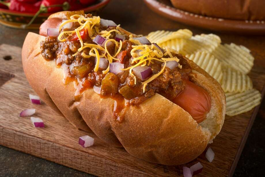 >>>Click through to see the Houston area's best hot dog deals in honor of National Hot Dog Day.