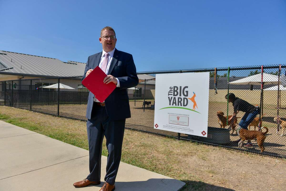 Heber Lefgren, director of San Antonio's Animal Care Services, speaks during a media tour of the agency's new Big Yard, a training and activity area for dogs, in 2018.