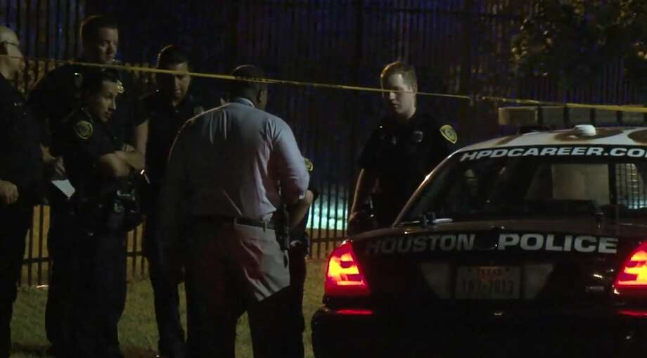 Houston police arrested a man and a woman who are accused of shooting at an off-duty police officer on Thursday, Aug. 23, 2018. Photo: Metro Video