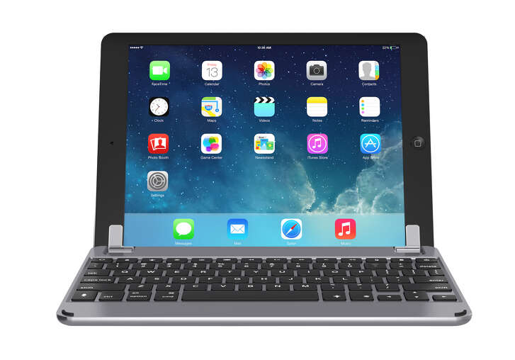 The Brydge 9.7 keyboard for iPad sells for $99.99.