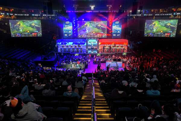 College athletic departments go recruiting for gamers for esports