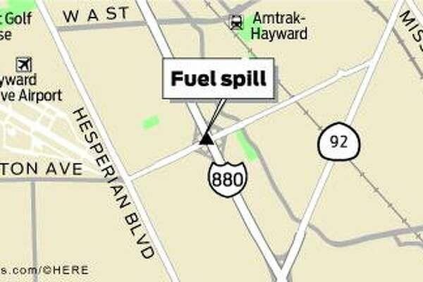 I-880 lanes reopened after acid spill in Hayward ignites