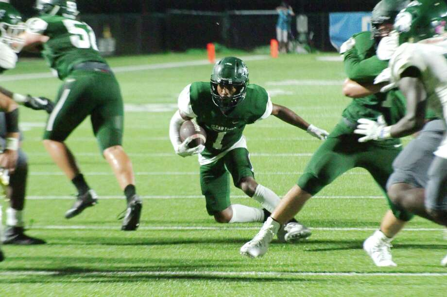 Clear Falls' Dorian Mason (1) provides the Knights with big-play capability at running back or as a slot receiver. Photo: Kirk Sides / Houston Chronicle / © 2017 Kirk Sides / Houston Chronicle