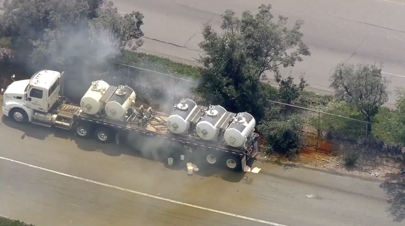 Acid spill on I-880 in Hayward causes massive traffic delays
