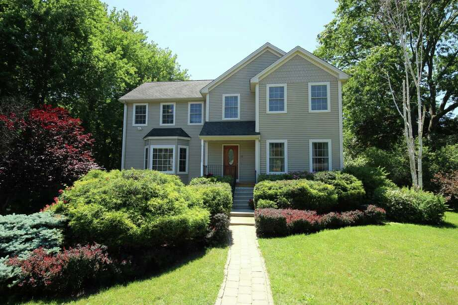 Photo: William Pitt Sotheby's International Realty / ONLINE_CHECK
