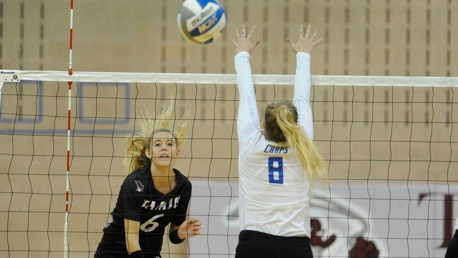 TAMIU lost its eighth straight game on Saturday dropping a pair in Fort Lauderdale, Florida to close the Shark Invitational. Senior outside hitter Leah McManus had a team-high nine kills against host Nova Southeastern in a 3-1 loss. Photo: Courtesy Of TAMIU Athletics, File