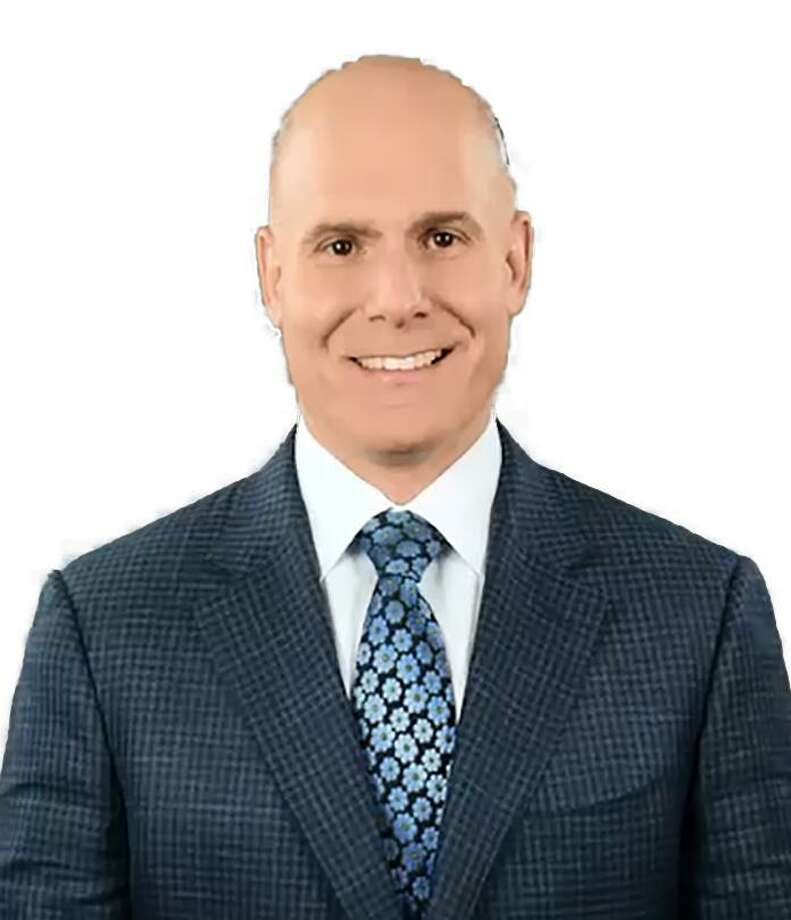 Orthopedic Surgeon Dr. Philip Minotti will lead a free discussion on  the minimally invasive direct anterior approach for hip replacement on  Sept. 19, 2018at Griffin Hospital. Photo: Contributed / Griffin Hospital