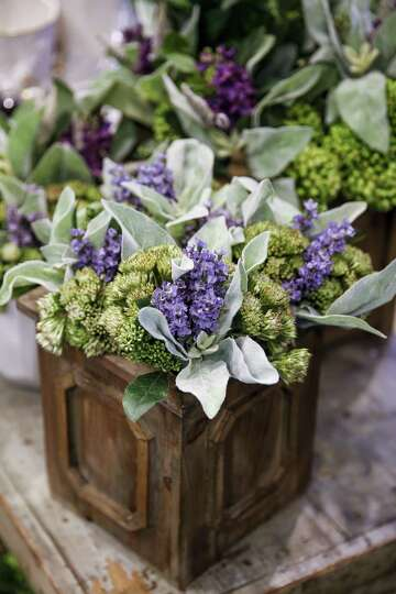Faux Flowers Are The Real Deal In Home Decor Houstonchronicle Com
