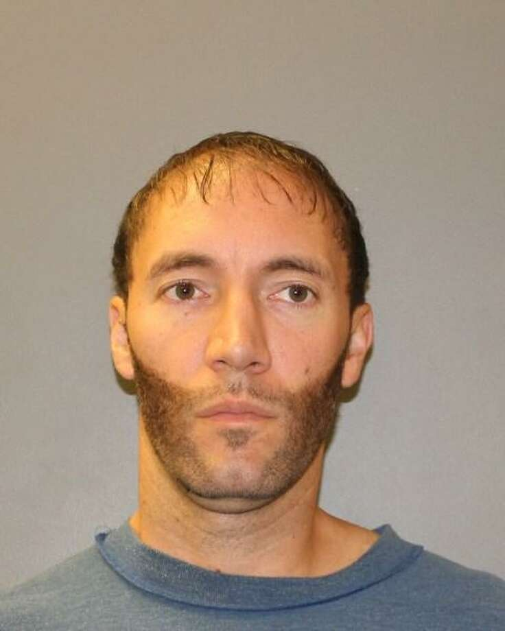 Jared Lee Mende, 36, of Aspen Glen Drive, Hamden,was arrested Aug. 21 as he was wanted on numerous felony warrants. Photo: By Newsroom Staff / Photo Courtesy Of Hamden Police