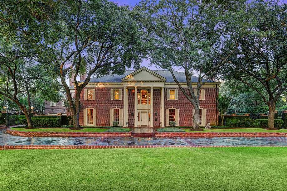 No. 1 highest: River Oaks Salary: $600,5922018 median housing price: $2.175 millionThis home at 1721 River Oaks Boulevard is listed for $10.95 million.Data: Paige Martin, realtor, HoustonProperties.com Photo: HAR.com