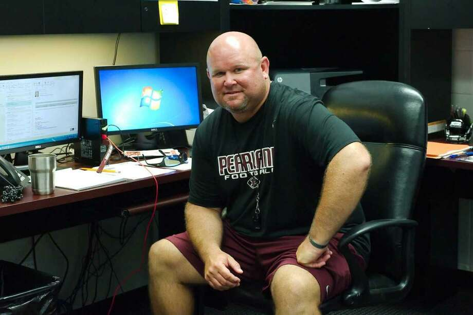 Pearland head football coach Ricky Tullos is managing a virtual spring training for his football team. Photo: Kirk Sides / Kirk Sides