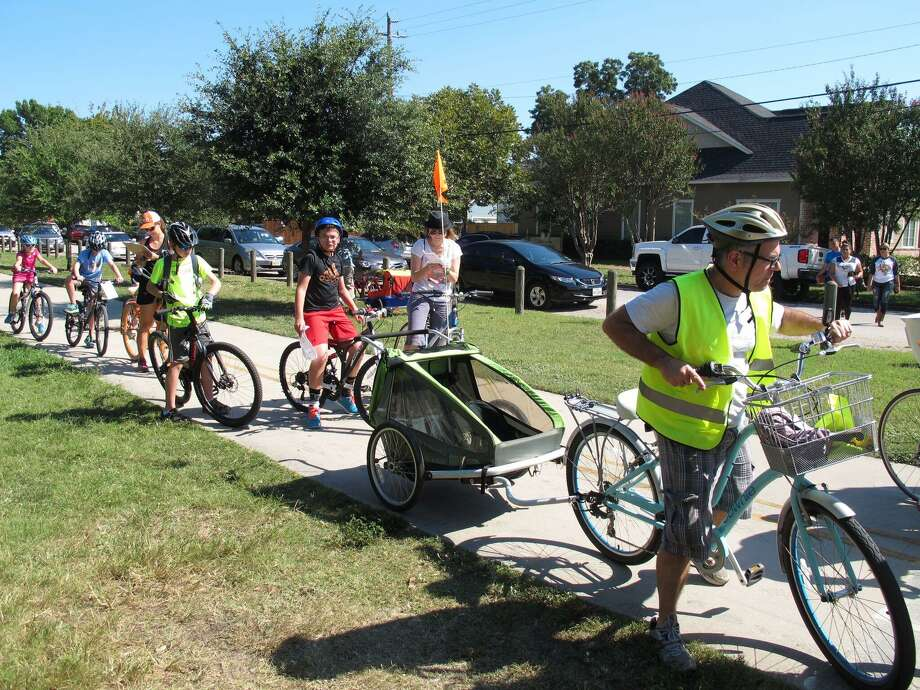 The Houston Heights Association plans to host its 2018 13th Annual Houston Heights Bicycle Rally & Scavenger Hunt on Sunday, Oct. 7, 8 a.m.-5:30 p.m. The event will feature a 20-mile ride, a five-mile ride and a new stroller and bike parade. Photo: Courtesy Photo