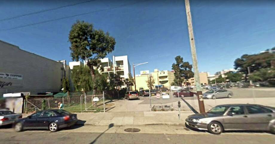 2007: Hayes Valley, between Fell and Oak streets