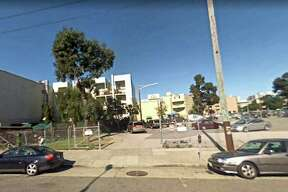 2007: Hayes Valley, between Fell and Oak streets A parking lot occupies a large chunk of the block.
