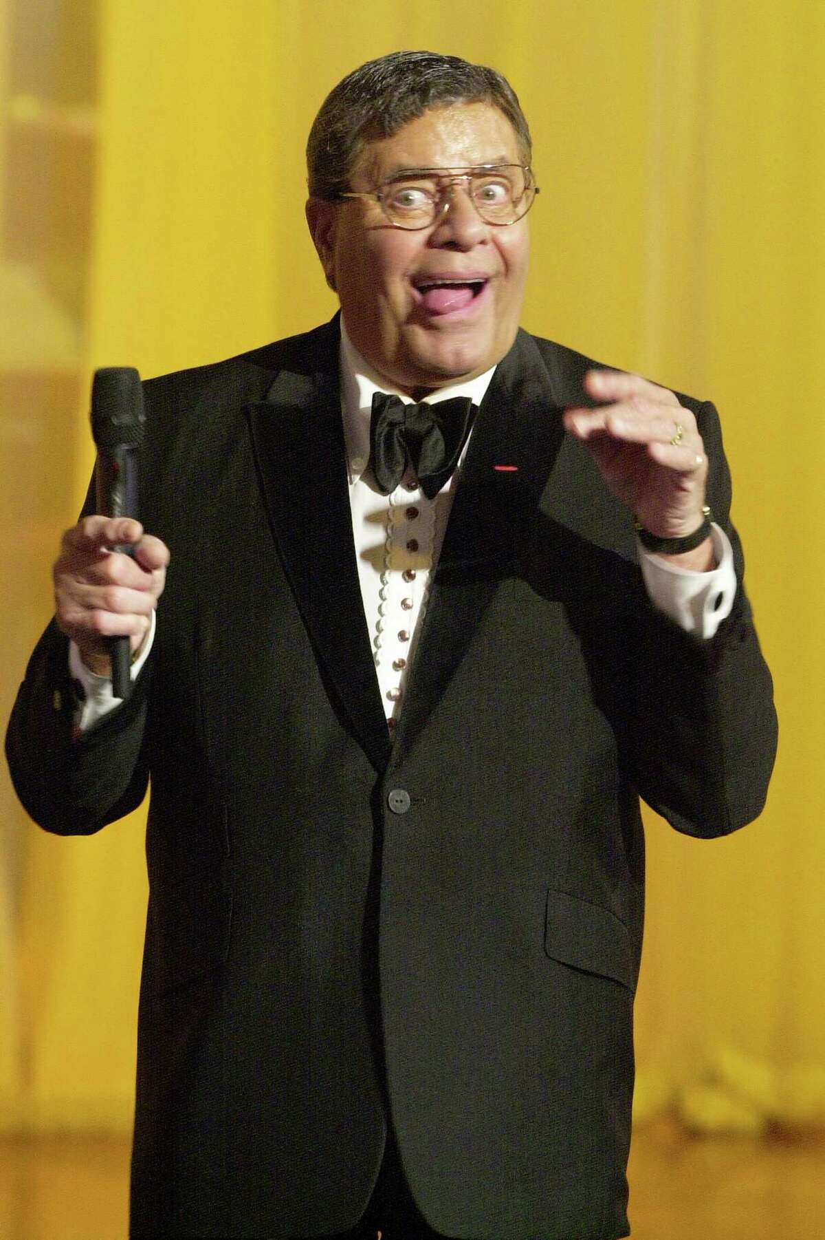 When there's a choice to be made, Mick LaSalle says it's Jerry Lewis.